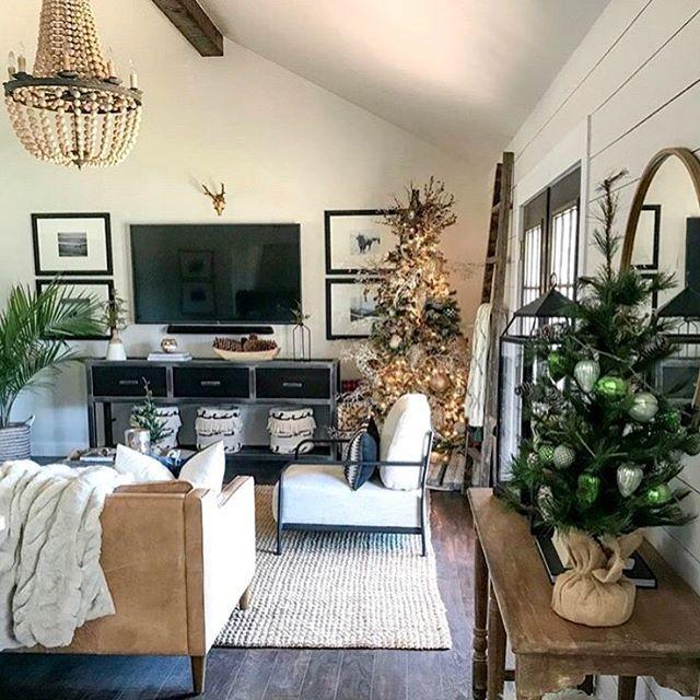 Urban Farmhouse Designs | Reclaimed and Repurposed Furniture .