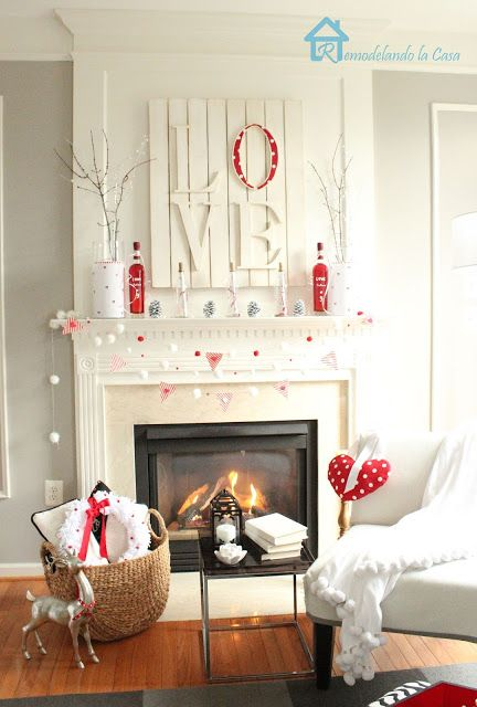 Valentine's Day Mantel Decorations and Ideas - landeelu.c