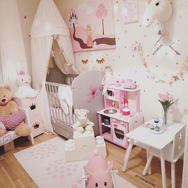 Pin by Dublingirl on Girl's Bedroom Ideas | Toddler girl room .