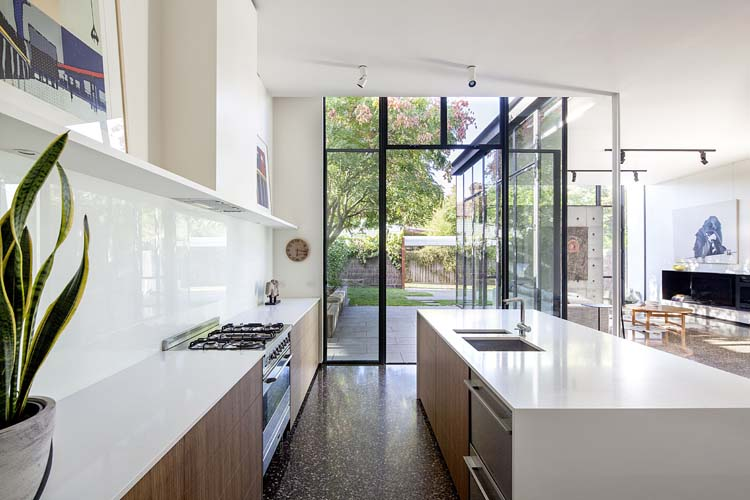 Modern Extension and Renovation to a Victorian hou
