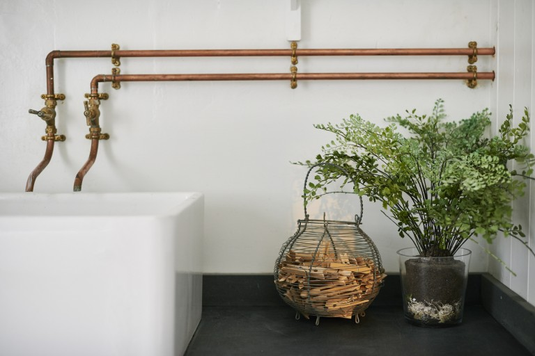 5 Favorites: The New Wave of Industrial-Looking Faucets - Remodelis