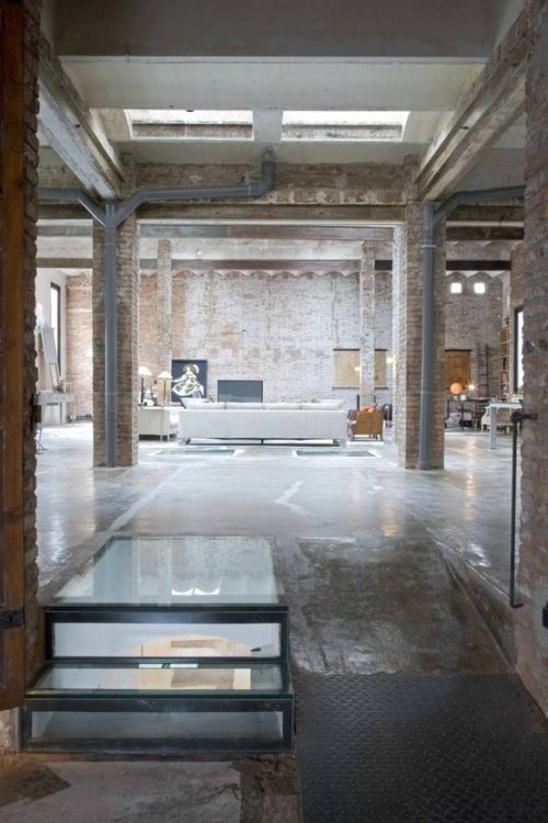 Industrial Loft From An Old Printing Press by MINIM, Barcelona .