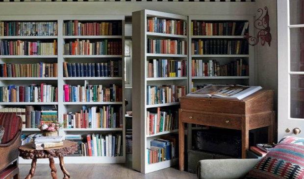 Vintage-Inspired Home Libraries to En