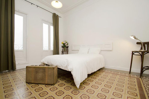 Vintage Santa Ana 7 Dormitorios Apartments Madrid, Spain - Flyin.c
