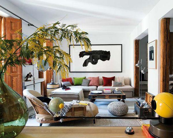 Bohemian-chic flat deliciously transformed in Malasaña | Vintage .