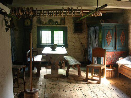 Råbystugan (old farm house from 1776-1777)   Swedish interiors .