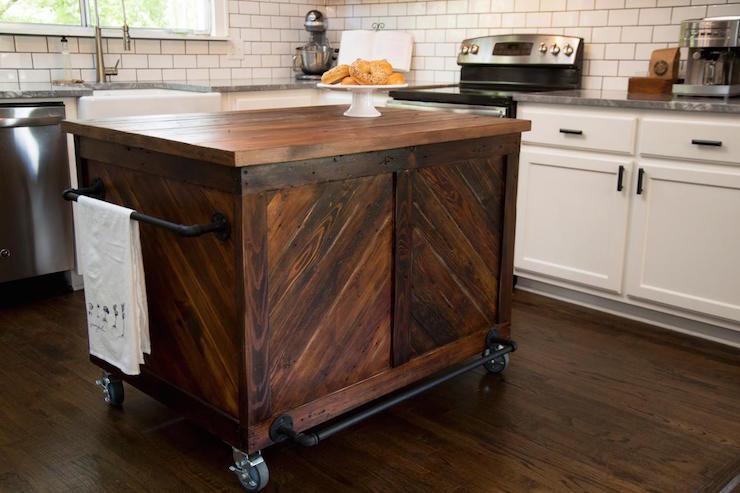 Vintage Wood Kitchen Island - Country - Kitchen - HG