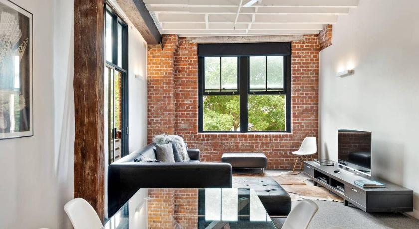 Quintessential Woolstore Warehouse~1Bed/1Bath/1Car Entire .