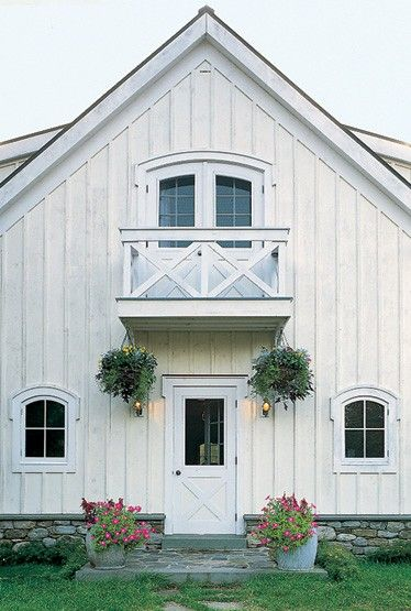 White barn | House exterior, Barn house, Barn sty