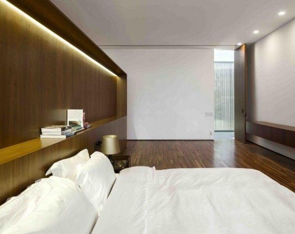 Marcio Kogan's Casa Lee Concrete House- wood clad minimalist .