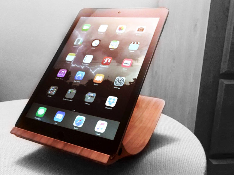 Review: Yohann iPad stand works all the angl